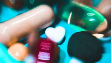 anastasia dulgier 1350774 unsplash 382x218 - How to safely wean off antidepressants
