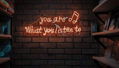 mohammad metri 1oKxSKSOowE unsplash 382x218 - This Week's Podcasts - Sept 21-25, 2019